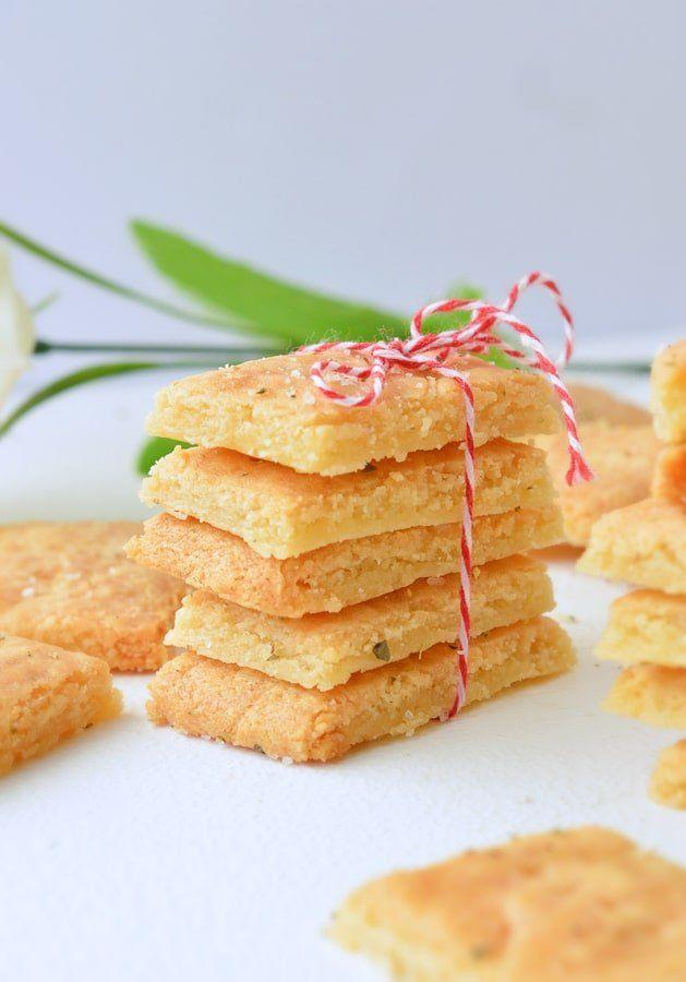 Keto cheese crackers recipe